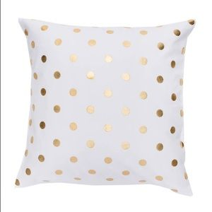 """Gold Dot Pillow-NWT-18"""" by 18"""" Accent Pillow *SALE"""